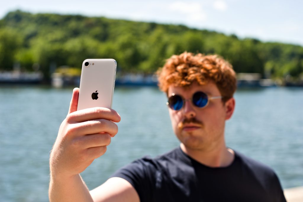 Apple iPhone SE (2020) Audio review